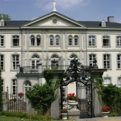 Hotel-Kasteel-Bloemendal.jpg