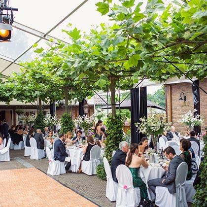 Landhotel de Bloemenbeek bruiloft.jpg